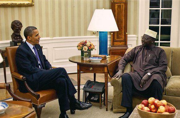 بعد اتهامه بالانتساب لجماعة الإخوان المسلمين.. شقيق الرئيس أوباما يرد: أنا لست إخواني..