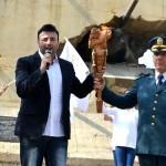 غبريال عبد النور يضيء شعلة السلام في وزارة الدفاع مع الجيش اللبناني