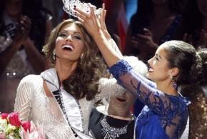 تتويج الفنزويلية غابرييلا ايسلر ملكة جمال الكون للعام 2013