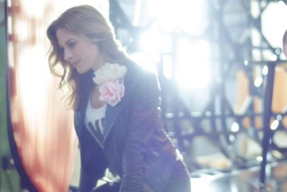 معرض ESPRIT DIOR Miss Dior فرصة نادرة لفهم الرابط بين الموضة والفن