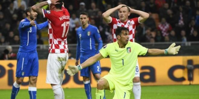 الشغب يعرقل مباراة إيطاليا وكرواتيا في تصفيات بطولة أوروبا