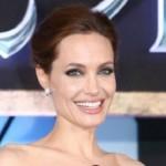 انجلينا جولي ستهجر التمثيل وتتحول للإخراج.