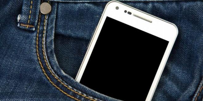 دراسة: الهاتف فى الجيب يؤثر على خصوبة الرجال.