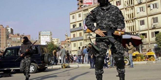 سجن 40 إسلاميا في مصر لإدانتهم بإحراق كنائس ومراكز شرطة في أسيوط.