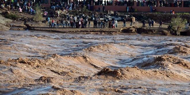مقتل 11 شخصا جراء الفيضانات في المغرب.