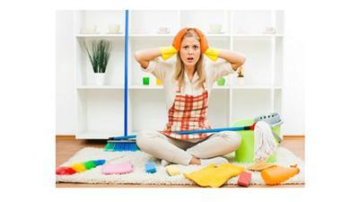 دراسة: المتزوجة تقضي ست سنوات في أعمال المنزل!!