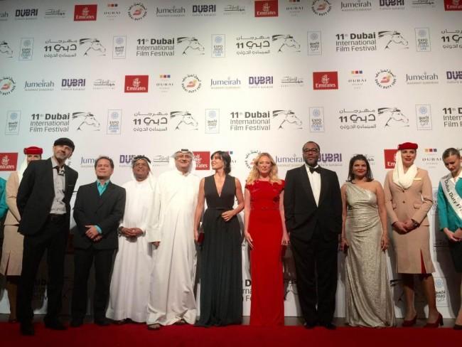 مهرجان دبي السينمائي يختتم فعالياته بمشاركة عربية ودولية.