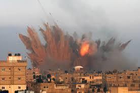 قصف جوي إسرائيلي على غزة بعد مقتل أحد عناصر حماس.