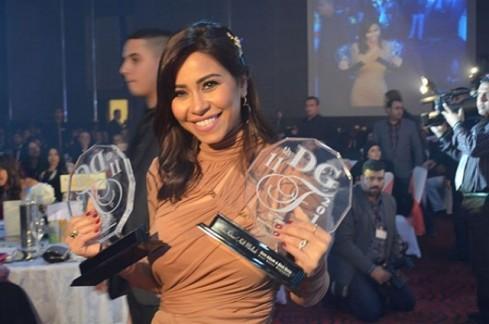 شيرين تحصد جائزة أفضل مطربة لعام 2014.