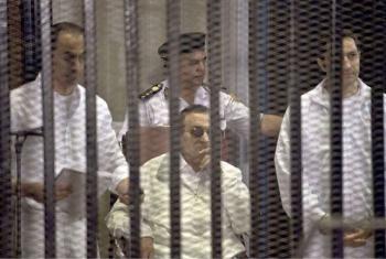 النائب العام يقرر الطعن بحكم براءة مبارك.