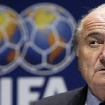 الفيفا يقرر نشر التحقيق في اتهامات التلاعب باختيار روسيا وقطر لاستضافة كاس العالم.