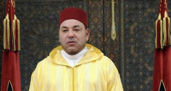 إذاعة فرنسية: المغرب قاطع المسيرة لأن الملك سليل آل البيت.