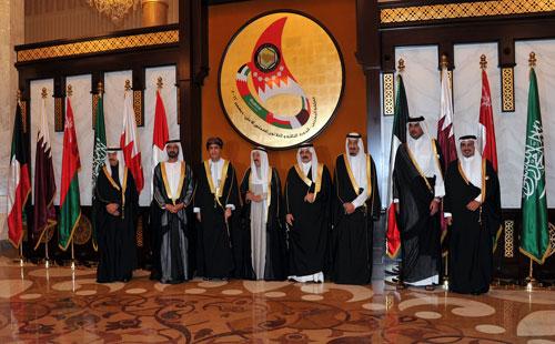 دول الخليج تدرس فرض عقوبات اقتصادية على اليمن.