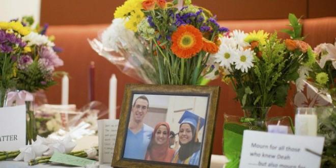 زوجة المشتبه به في قتل ثلاثة طلبة مسلمين في أمريكا تقول إن الجريمة لا علاقة لها بالدين.