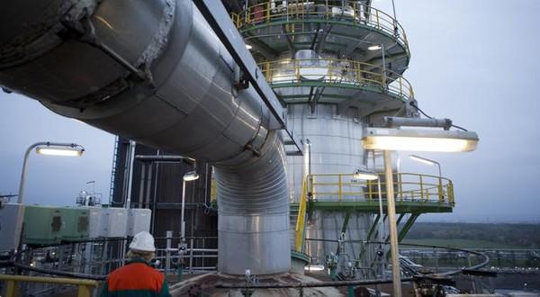 مبادلة.. مشروع للتنقيب عن النفط والغاز قبالة ساحل المغرب.