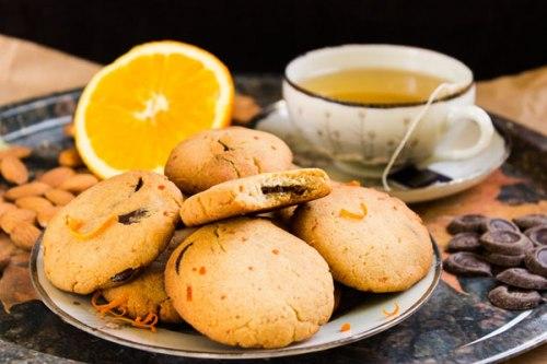 طريقة عمل البسكويت السريع بعصير البرتقال.