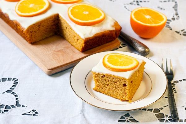 طريقة عمل كيك البرتقال بتغليفة الجبن كريم.