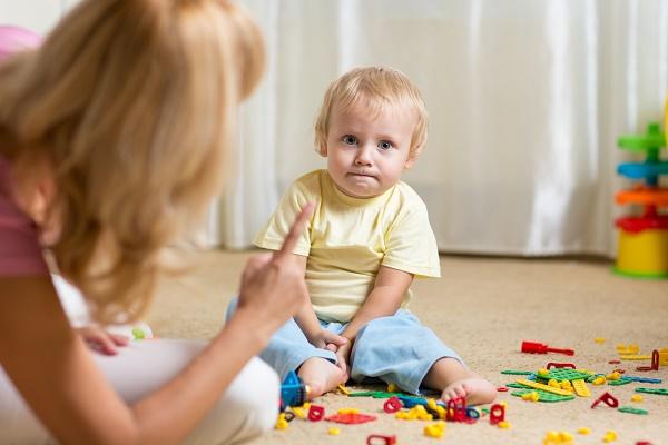 هل طفلك مشاغب؟ إليك الحل في 8 نقاط!