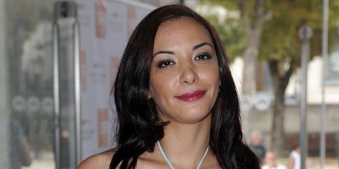 لبنى أبيضار تبكي في لبنان: أرجوكم أنا لست عاهرة