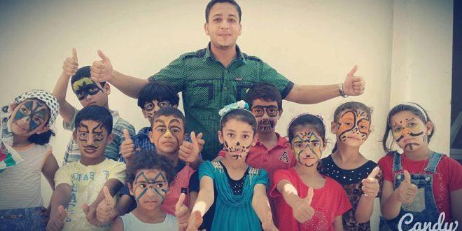 منير طبش.. صانع البسمة في غزة