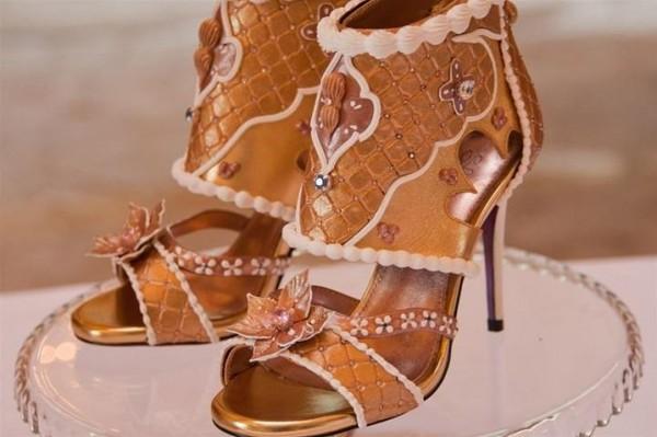 دبي تعرض أغلى حذاء نسائي في العالم ب 15 مليون دولار