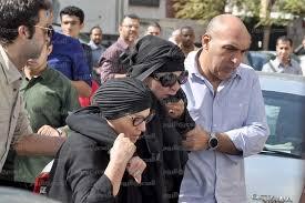 انهيار نجلاء فتحي في جنازة زوجها حمدي قنديل