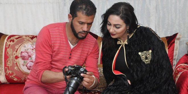 """بالصور.. الممثلة حنان الإبراهيمي تتألق في جلسة تصوير """"نجوم"""" رفقة عزالدين زين الدين"""