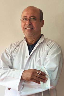 الدكتور رضوان شرحبيل.. طبيب  للفقراء بدرجة ملاك رحمة